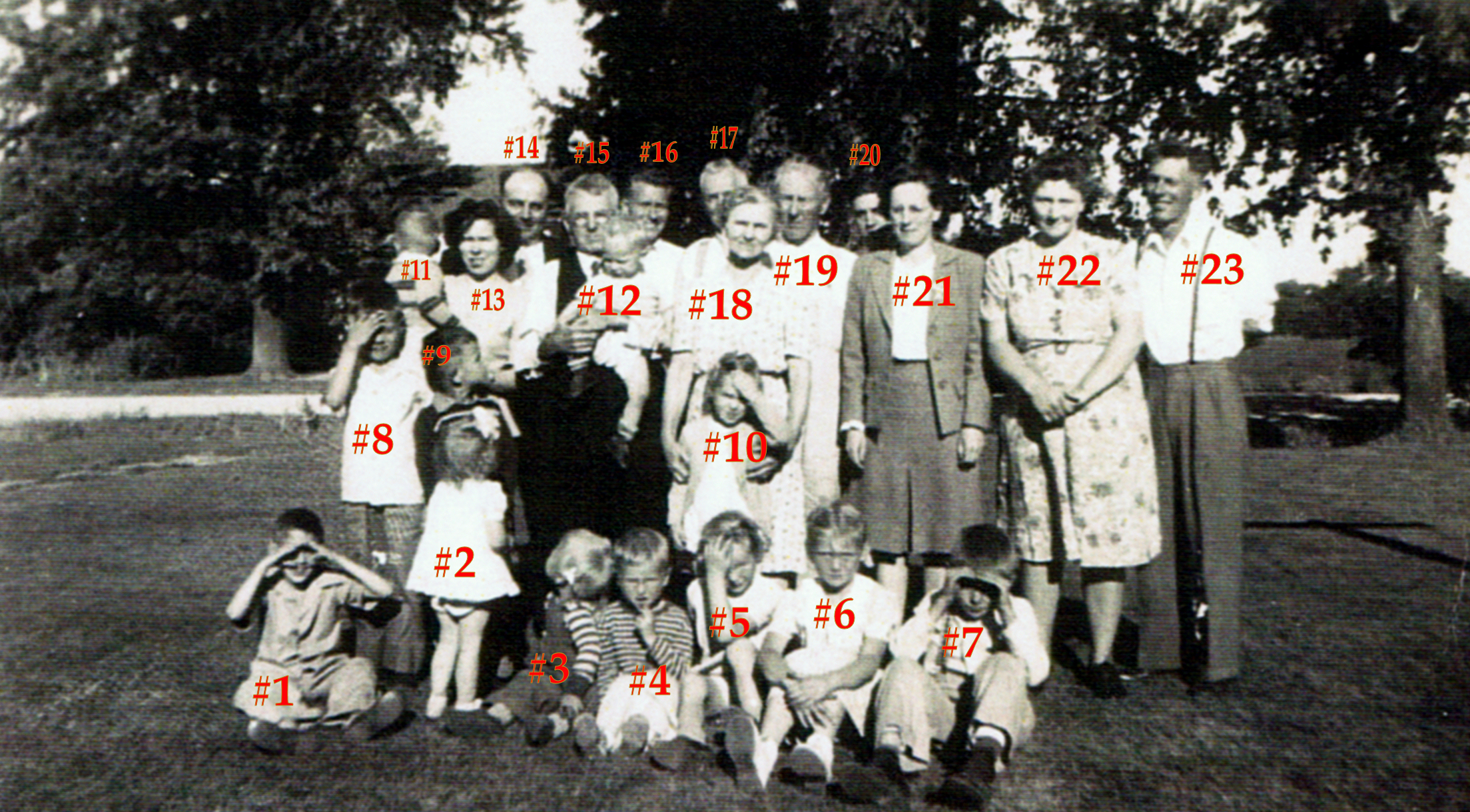 Charles Durnan Family with Jack Durnan 1946 numbered.jpg